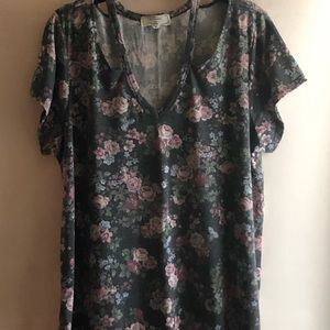 3XL strappy floral blouse